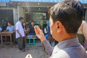 dsc06196 mandalay jade market~21394891944..jpg