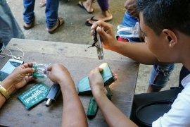 dsc06224 mandalay jade market~2-827050843..jpg